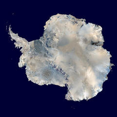 Datei:Antarctica 6400px from Blue Marble.jpg